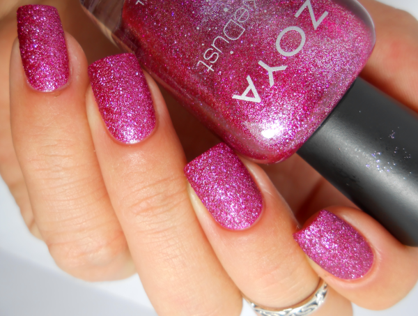Zoya Arabella, collection Pixie Dust 7