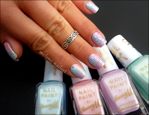 Nail Art degradé pastel Barry M et stamping 2