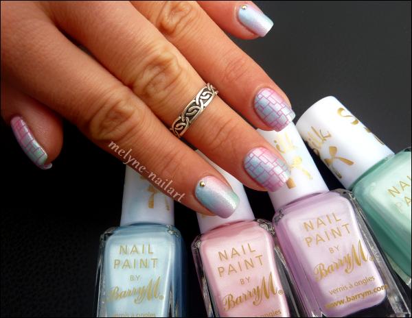 Nail Art degradé pastel Barry M et stamping 2