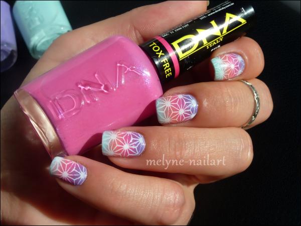 Nail Art degradé DNA Italy 1