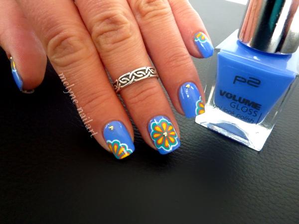 Nail Art P2 Bleu fleurs russes 1