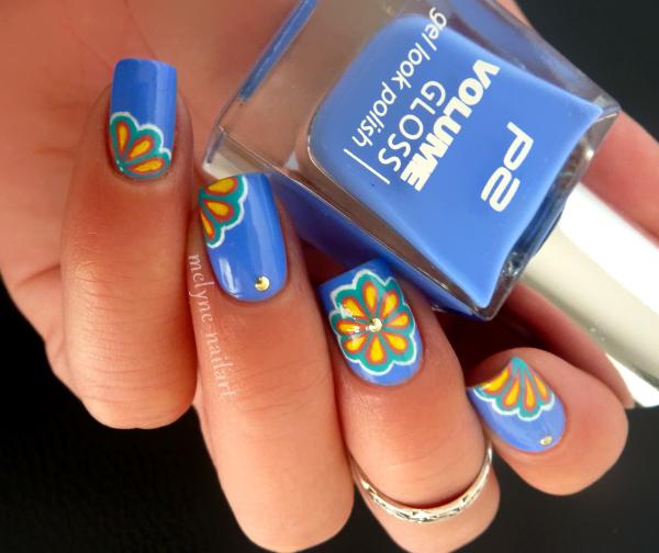 Nail Art P2 Bleu fleurs russes