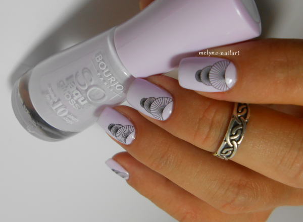 Boujois Graphic Nail Tattoos