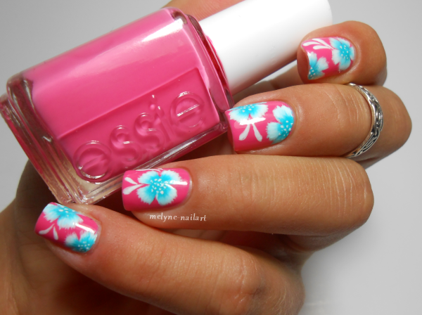 nail art fleur tropicale one stroke Essie Off The Shoulder