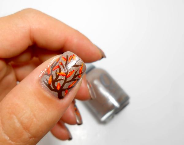 Nail art feuilles d'automne