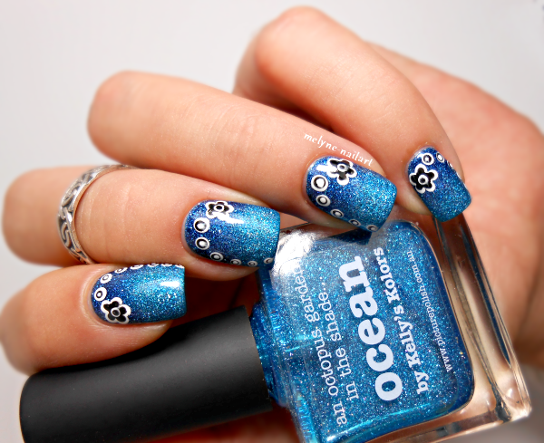 Nail art fleurs points Ocean et Cosmos Picture Polish