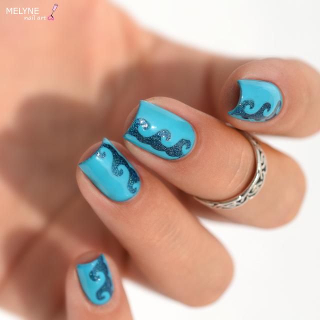 Nail art vagues