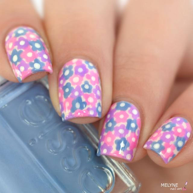 Nail art fleurs dotting tool Essie